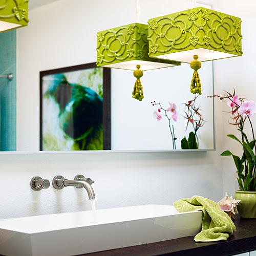 well lit stylish lighting in bath